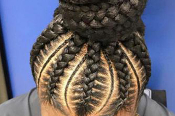 https://www.hairadvisor.co/wp-content/uploads/2020/01/stitch-braids.jpg